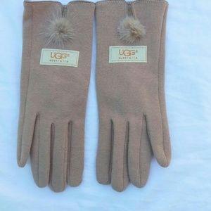 UGG beige tech gloves